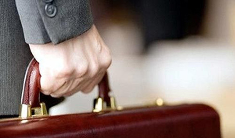 Среднемесячная заработная плата на ноябрь 2012 года составила 27607 рублей. А какая заработная плата у вас?